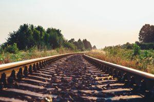 train-tracks-925984_960_720